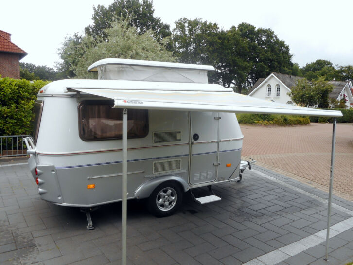 wohnwagen hymer eriba touring pan 900kg waschraum mit wc markise top. Black Bedroom Furniture Sets. Home Design Ideas
