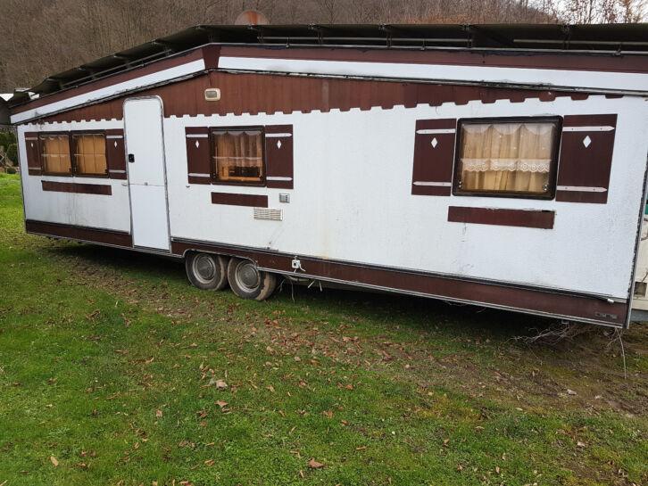 wohnwagen hobby landhaus es handelt sich um ein hobby landhaus das fest. Black Bedroom Furniture Sets. Home Design Ideas