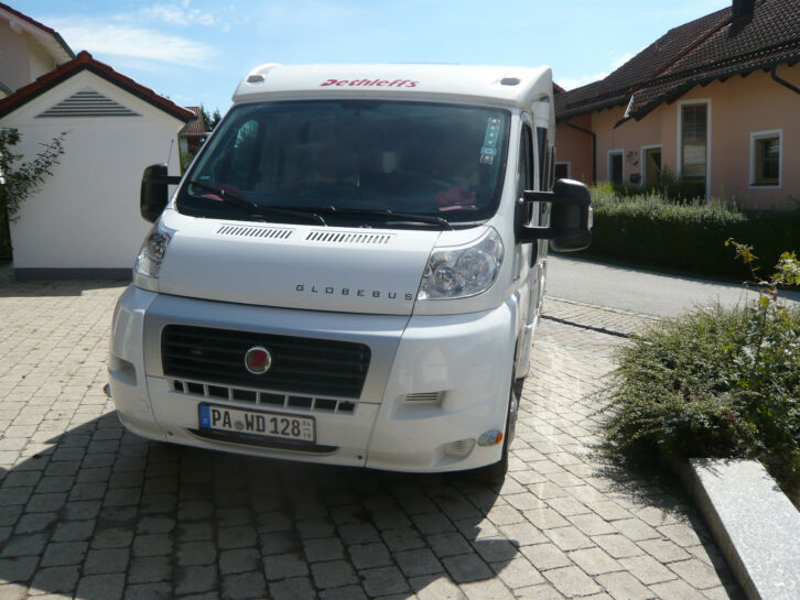 wohnmobil gebraucht dethleffs globebus t4 biete mein sehr. Black Bedroom Furniture Sets. Home Design Ideas