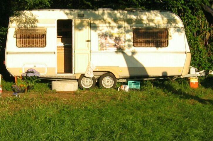 wohnwagen fenster hobby prestige k chenfenster hobby. Black Bedroom Furniture Sets. Home Design Ideas